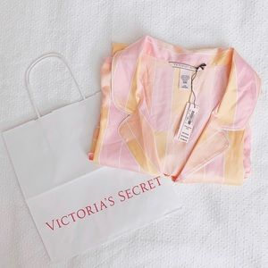 BNWT VS Victoria's Secret satin pj pajamas top L